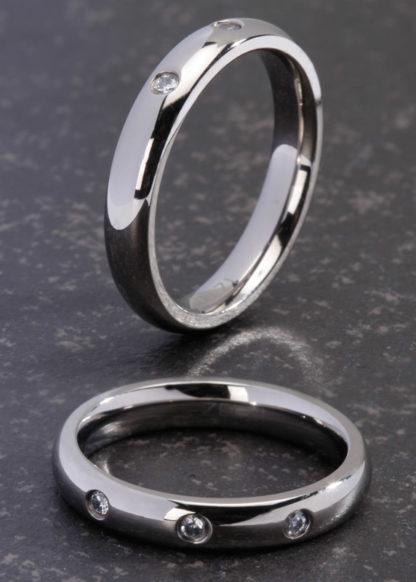 Anemone titanium ring